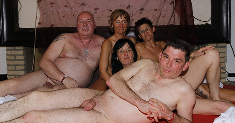 Hot swinger party with grannies and grandpas
